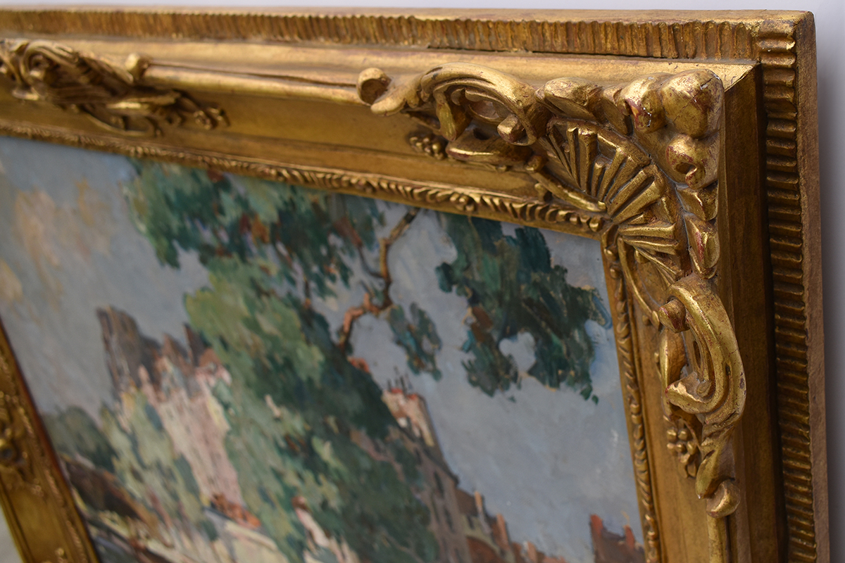 jules-pages-frame-closeup